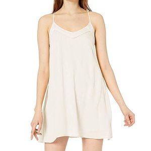 🌻 roxy women's off we go strappy dress in white
